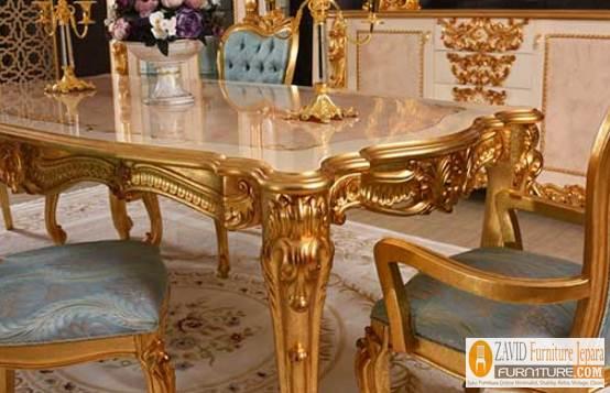 model-meja-makan-mewah-ukiran-emas Set Meja Kursi Makan Jakarta Mewah Ukiran Victoria