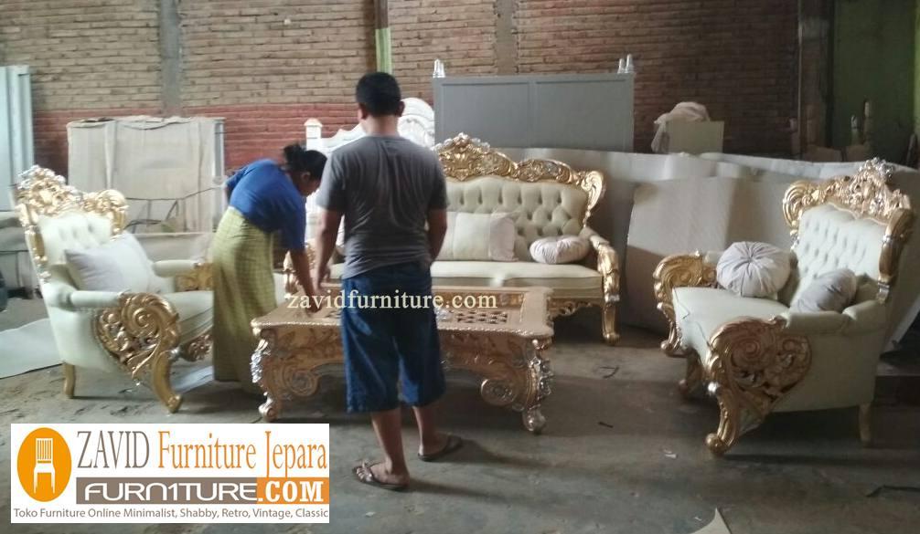 Kursi-Tamu-Mewah-Ukiran-Jati Toko Furniture Jepara | Spesialis Mebel Jepara Online Kota Ukir Terpercaya