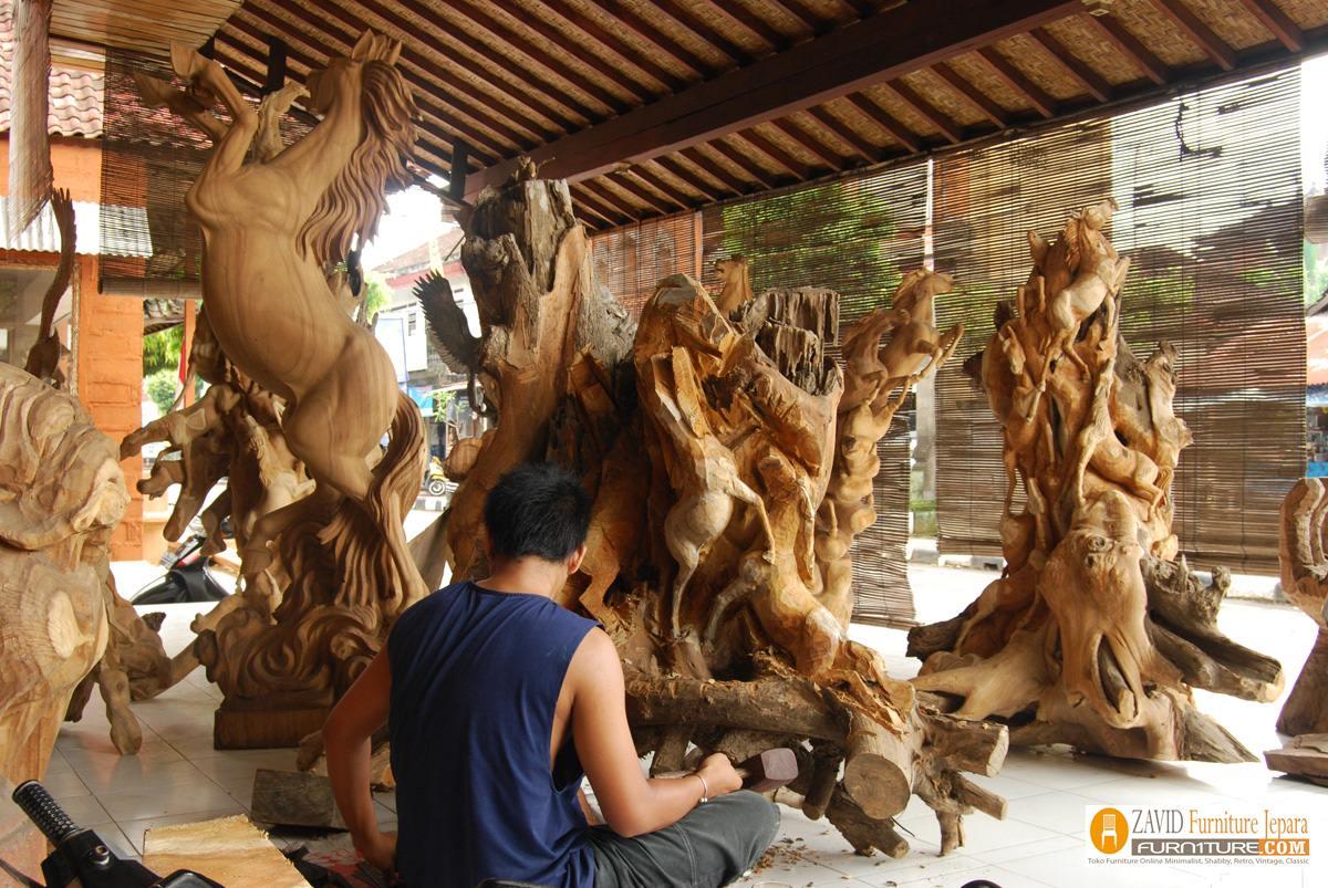ukiran-patung-di-jepara Toko Furniture Jepara | Spesialis Mebel Jepara Online Kota Ukir Terpercaya