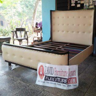 Tempat Tidur Kayu Jati Busa Minimalis