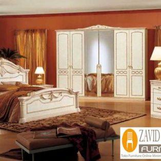 Set Tempat Tidur Malang Mewah Minimalis dengan Lemari