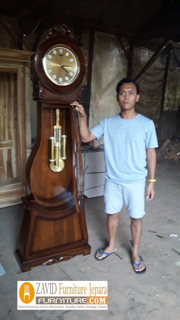 lemari-jam-hias-kayu-jati-2 Lemari Jam Hias Cirebon Model Bandul Kayu Jati Terbaru
