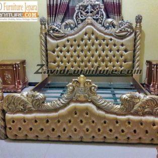 Tempat Tidur Mewah Padang Model Royal Ukiran Variasi Ulir