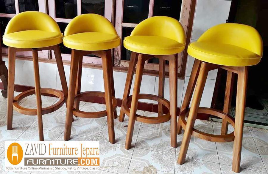 kursi-bar-kayu-jati-dudukan-busa-empuk Kursi Bar Madiun Putar Dudukan Bundar Kayu Jati Minimalis