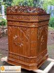Mimbar Masjid Kediri Model Podium Ukiran jati