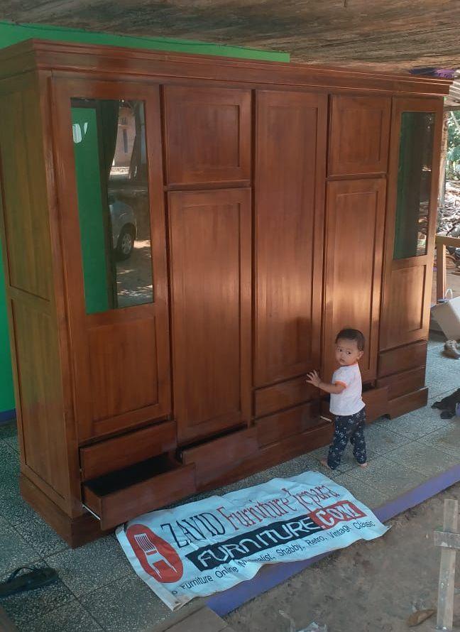 lemari-pakaian-kayu-jati-5-pintu Lemari Pakaian Madiun Kayu Jati 5 Pintu Modern