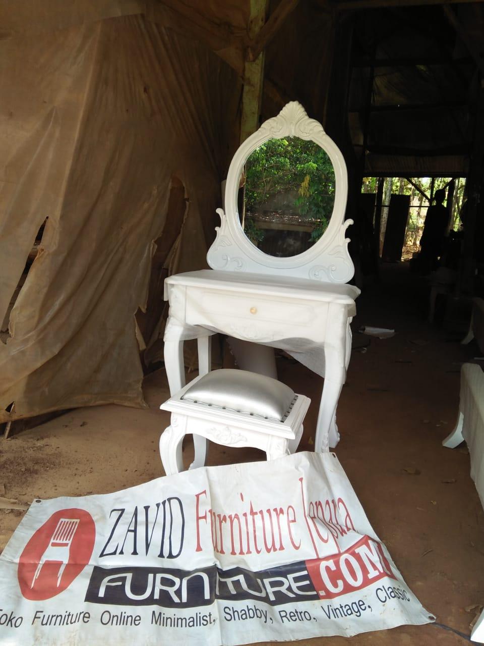 meja-rias-putih-duco Meja Rias Demak Ukiran Minimalis Putih Duco