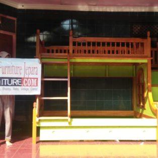 Tempat Tidur Anak Depok Tingkat Sorong Warna Hijau