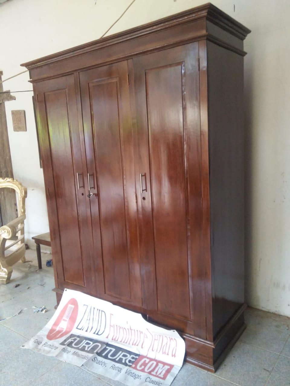 desain-lemari-pakaian-jati-3-pintu Jual Lemari Pakaian Kediri 3 Pintu Kayu Jati Minimalis