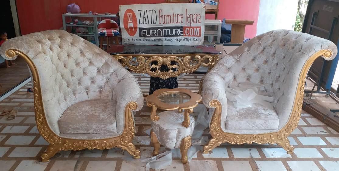 kursi-teras-mewah-ukiran-warna-emas Kursi Teras Lamongan Mewah Sofa Ukiran Warna Emas