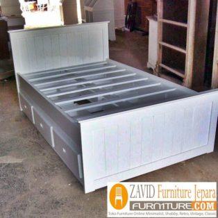 Tempat Tidur Semarang Laci Samping Minimalis Warna Putih