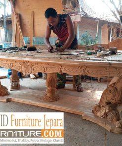 proses pembuatan meja makan ukiran mewah 247x296 - Cute Shop