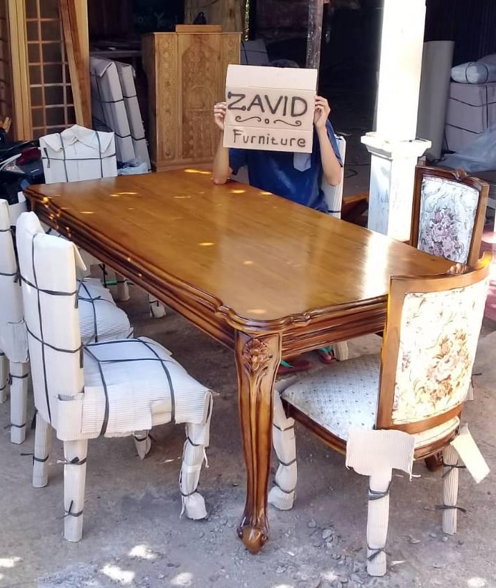 set-meja-kursi-makan-kayu-jati Set Meja Kursi Makan Lavino Klasik Kayu Jati Modern
