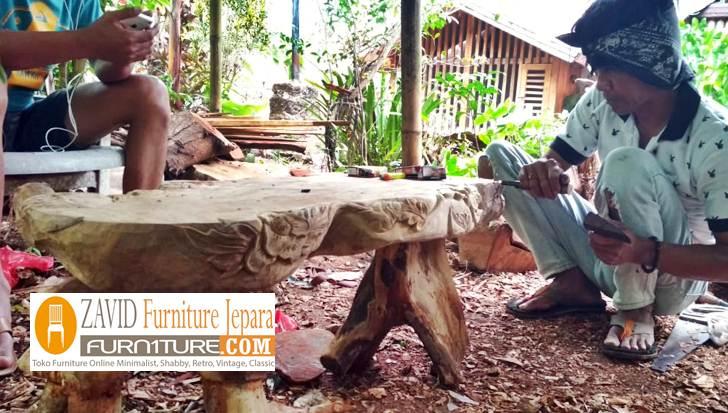 akar-menjadi-sebuah-furniture-meja Meja Akar Kayu Alami Desain Unik