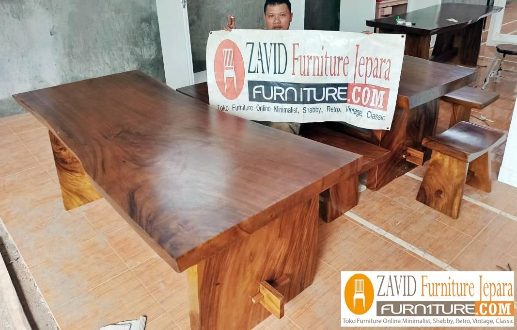 meja-makan-kayu-trembesi-berkualitas-tinggi Meja Makan 8 Kursi Klasik Mewah Modern Kayu Jati