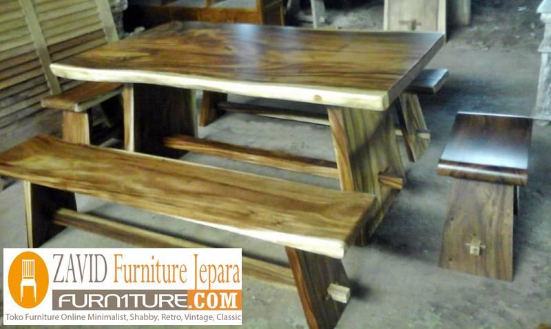 meja makan kayu trembesi unik utuh - Meja Kayu Alami Utuh Klasik