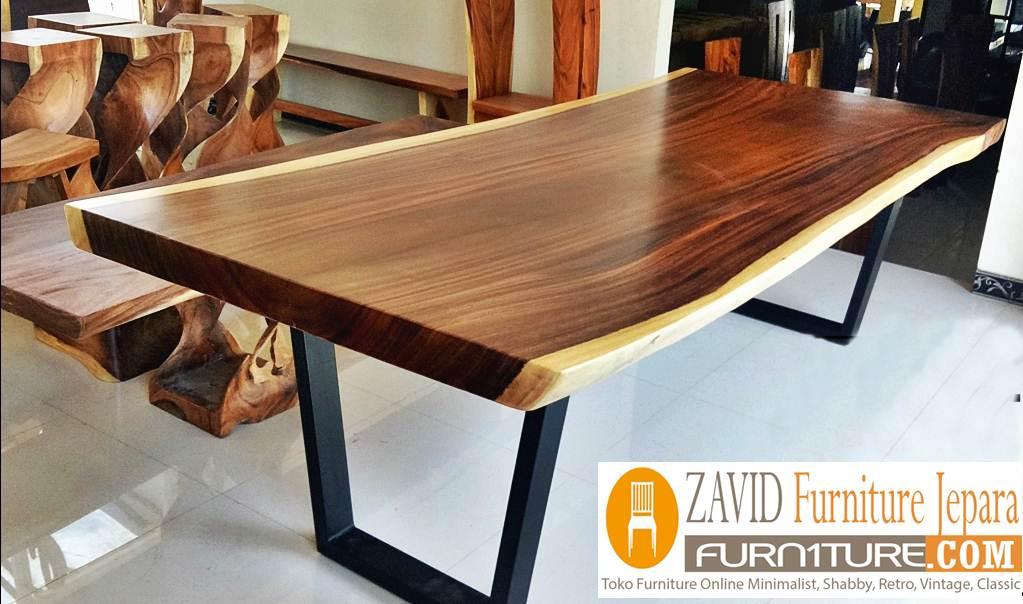 meja-trembesi-kaki-besi-baru Meja Trembesi Kaki Besi Desain Minimalis Untuk Makan Sehari-Hari