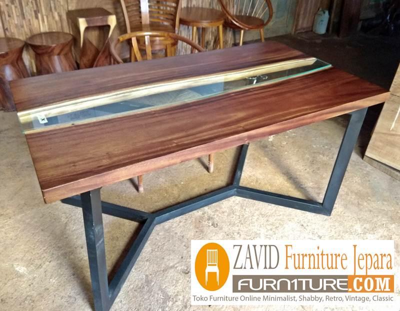 meja-trembesi-kaki-besi-model-baru Meja Trembesi Kaki Besi Desain Minimalis Untuk Makan Sehari-Hari