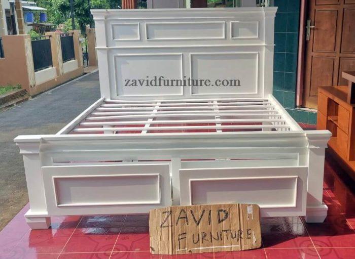 dipan minimalis berlaci putih duco 700x512 - Product Categories