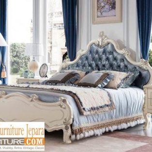 Tempat Tidur Mewah Solo Model Ukir Kayu Jati Terbaik